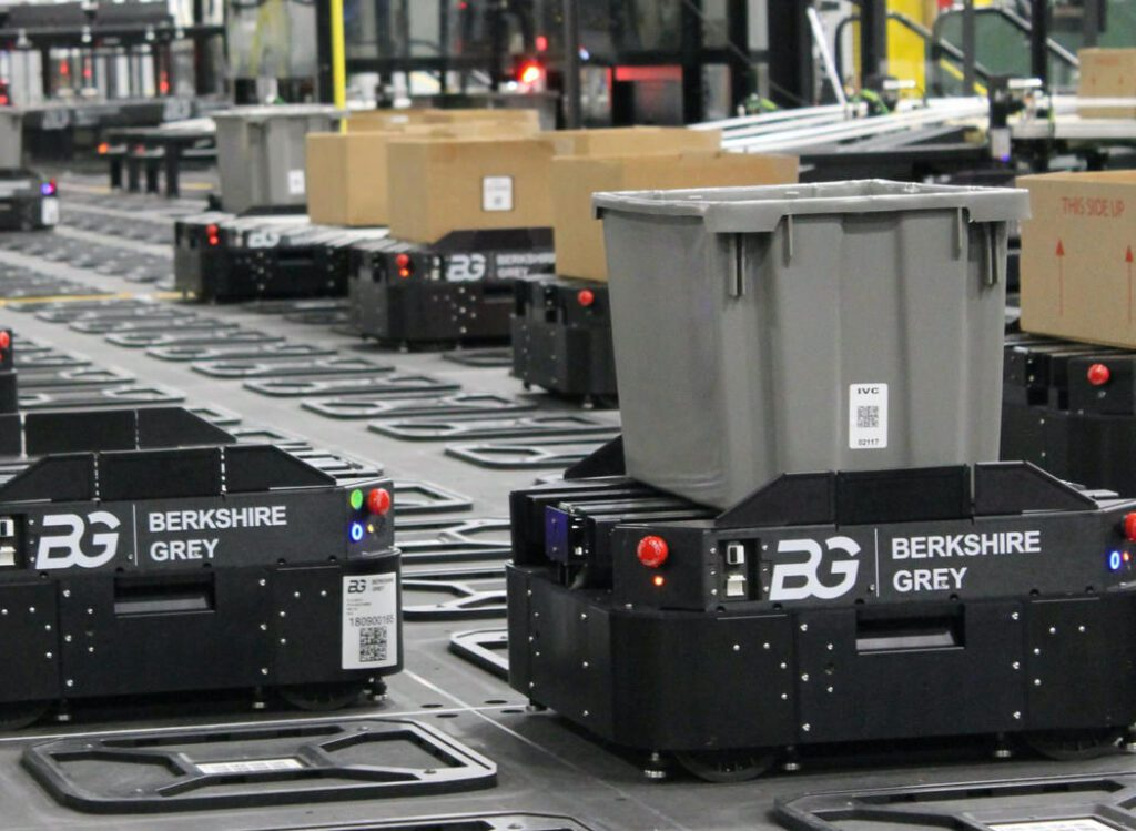 Mobile Robotic Picking for Omni-channel