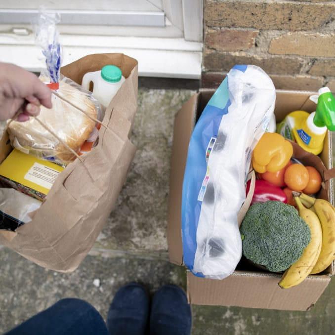 Digital-First Grocery: Micro-Fulfillment vs. Central Fulfillment